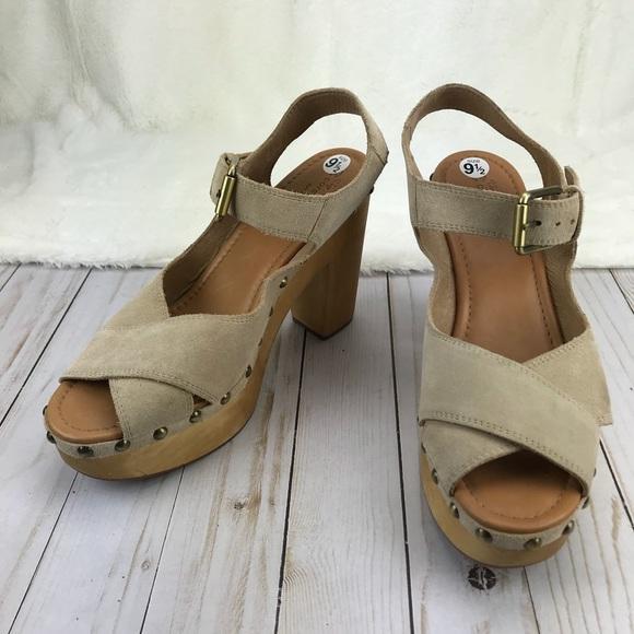 a4a1c051fb Corso Como Shoes | Nola 10th Anniversary Platform Sandals | Poshmark
